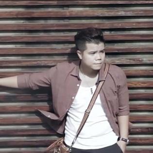 Ngây ngất với MV ''Hoa sữa mùa thu'' của Đinh Mạnh Ninh