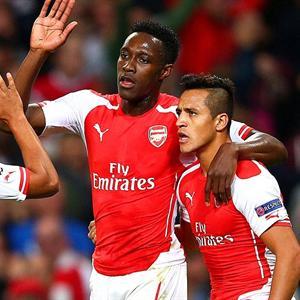 Arsenal 4-1 Galatasaray: Khi Thánh lốp lên tiếng