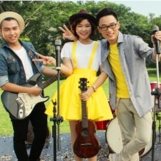 """Ban nhạc mới của cặp đôi """"Bốn Chữ Lắm"""" lần đầu tiên xuất hiện"""
