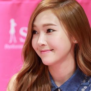 Jessica: Vì kinh doanh, tôi bị SM và SNSD yêu cầu ra khỏi nhóm!