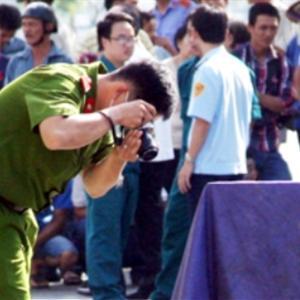 Thi thể phụ nữ trong hai bao tải ở trung tâm Sài Gòn