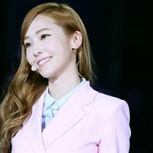 Không có chuyện Jessica chuẩn bị kết hôn với Tyler Kwon