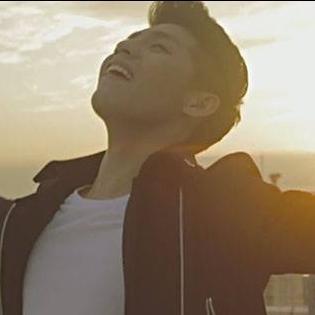 Noo Phước Thịnh qua tận Nhật Bản  cầu hôn  bạn gái trong MV mới