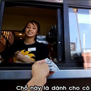 Ý nghĩa với clip tặng 100 USD cho phục vụ thức ăn nhanh