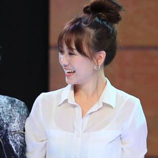 Hari Won nhập vai xuất thần khiến Hoài Linh không tiếc lời khen