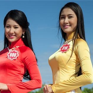 Ứng viên Hoa hậu Việt Nam duyên dáng khoe sắc với áo dài