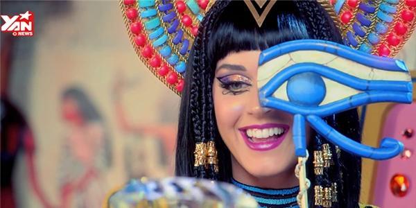 Top 10 ca khúc  đánh sập  các bảng xếp hạng toàn thế giới (Phần 2)