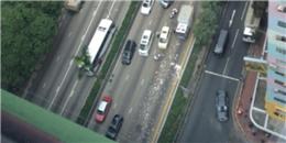 Hàng triệu USD rơi giữa trung tâm Hong Kong