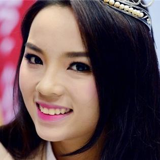 Hoa hậu Nguyễn Cao Kỳ Duyên được Trung Quốc ca ngợi  tài sắc vẹn toàn