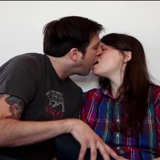 10 kiểu hôn  đáng sợ nhất quả đất