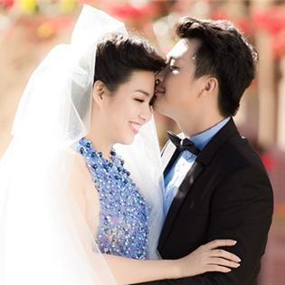 Lê Khánh bất ngờ tung hình cưới đẹp lung linh