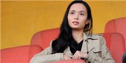 Bà xã 9x đến cổ vũ Văn Quyết trong trận cầu 'mưa bàn thắng'