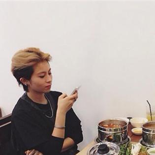 Gil Lê - Chi Pu đi ăn trưa cùng nhau
