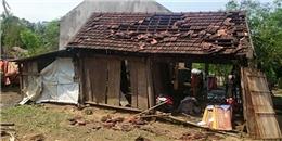 Mưa đá, lốc xoáy tốc mái hàng trăm căn nhà ở Hà Tĩnh
