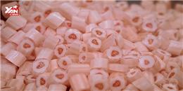Đột nhập vào xưởng làm kẹo thủ công cực dễ thương
