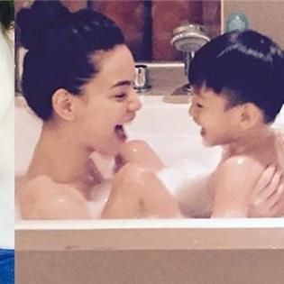 Subeo thích thú khi được mẹ Hồ Ngọc Hà tắm cùng