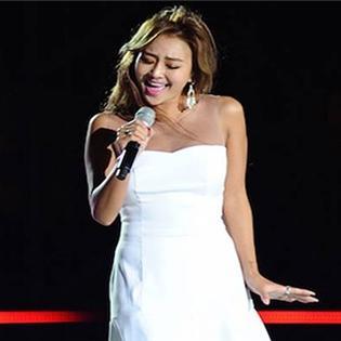 Hyorin khiến fan  chết mê  với Hello Vietnam