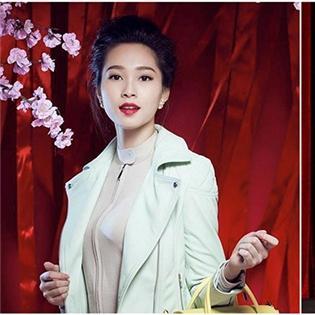 Hoa hậu Thu Thảo chê đồng phục mới của tiếp viên Vietnam Airlines quá xấu