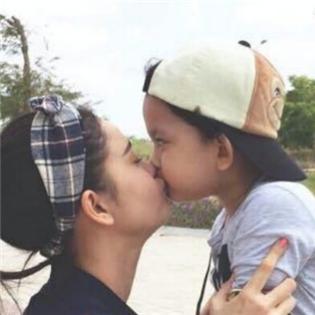 Trương Quỳnh Anh:  Hét vỡ cả bệnh viện  vì... đau đẻ