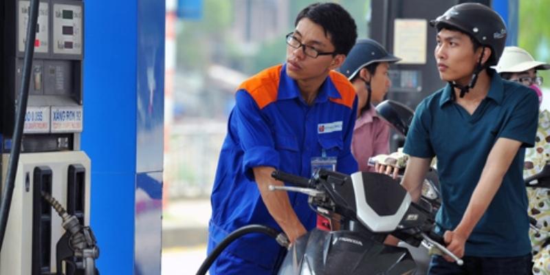 Giá xăng lại sắp tăng mạnh trong vài ngày tới?