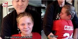 Phản ứng khó tả của cậu bé phát hiện ra mình sắp làm anh trai