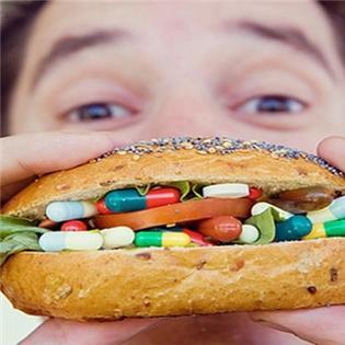 """""""Nạp"""" nhiều vitamin cũng có thể khiến bạn bị ung thư"""