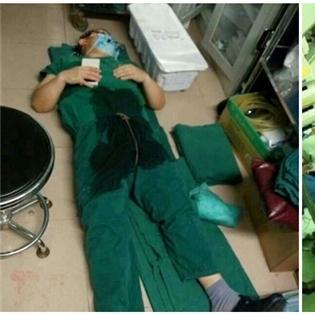 Hình ảnh bác sỹ ngủ thiếp đi vì kiệt sức ngay sau ca mổ gây xúc động mạnh