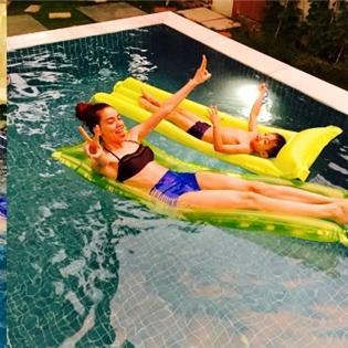 Hồ Ngọc Hà diện bikini đầy quyến rũ đi bơi cùng Subeo