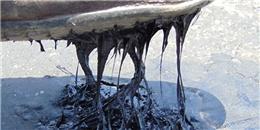 Hà Tĩnh: Nắng nóng chết người khiến mặt đường bị chảy nhựa