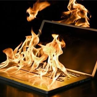 """Thủ thuật """"giải nhiệt"""" cho laptop mùa hè nắng nóng"""