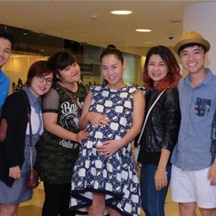 Top 8 Vietnam Idol bất ngờ  đột kích  mở tiệc tại nhà Thu Minh