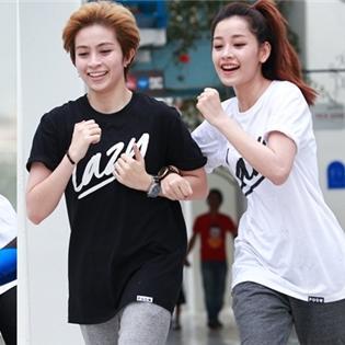 Mặc tình cũ, Chi Pu và Gil Lê vẫn thân thiết bên nhau