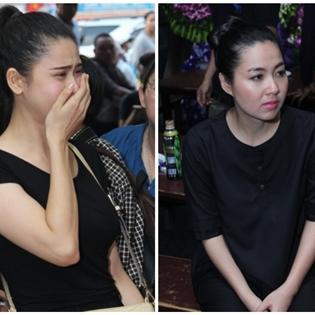 Nhiều sao Việt khóc nấc khi nhìn di ảnh Duy Nhân