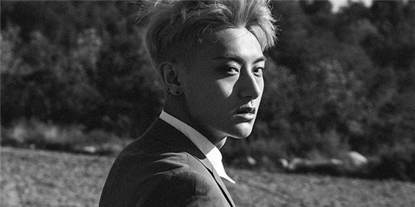 SM bất ngờ khẳng định Tao vẫn là thành viên của EXO