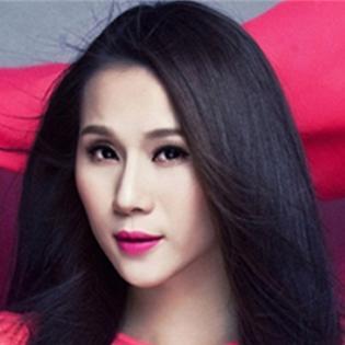 Mắc bạo bệnh, người mẫu Thái Hà cân nhắc bỏ nghề