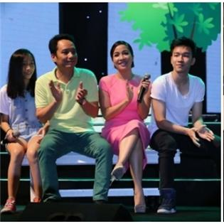 Đứng ngồi không yên  trước tài - sắc của hai hot boy nhà Thanh Lam và Mỹ Linh