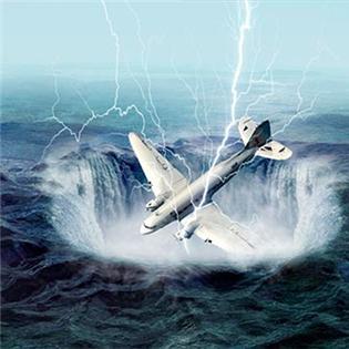Ớn lạnh những máy bay mất tích bất ngờ trở về sau hàng chục năm