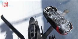 Đứng tim với màn mạo hiểm xe hơi bay qua trực thăng