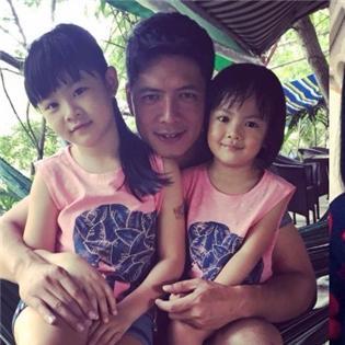 Ấm áp với những khoảnh khắc cha và con của sao Việt