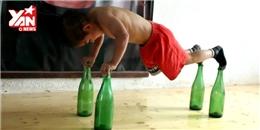 Choáng với bài luyện tập cơ bụng 6 múi của cậu bé 5 tuổi