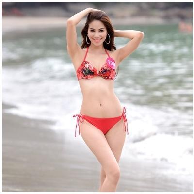Thí sinh HHHV Việt Nam 2015 đọ vẻ gợi cảm với bikini