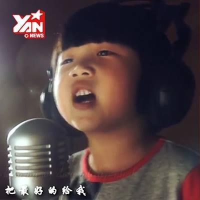 Cô bé hát về cha khiến cả thế giới rơi lệ
