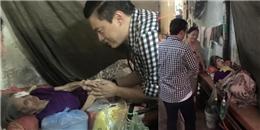 Fan xúc động khi Lam Trường ân cần thăm hỏi cụ già bệnh nặng