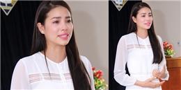Hoa hậu Phạm Hương bật khóc nức nở khi về thăm trường tiểu học cũ