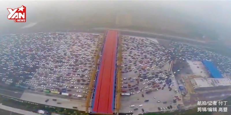Kẹt xe kinh hoàng tại Trung Quốc, hàng ngàn xế hộp bất động