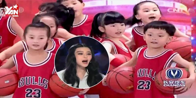 Binh đoàn nhí chơi bóng rổ khiến Phạm Băng Băng phấn khích