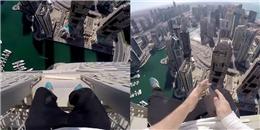'Chóng mặt' với thanh niên chuyên đi trên nóc tòa nhà chọc trời