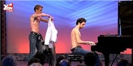 Màn biểu diễn vừa chơi đàn vừa... thay quần áo cực đỉnh