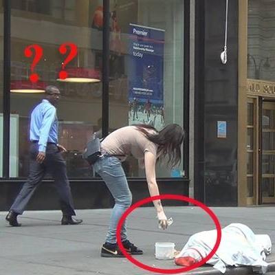 Giật mình với trải nghiệm trộm tiền của người vô gia cư