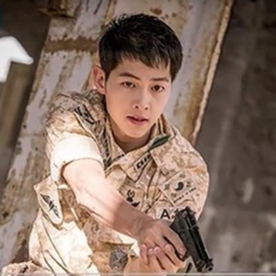 Song Joong Ki gặp tai nạn trong quá trình quay phim